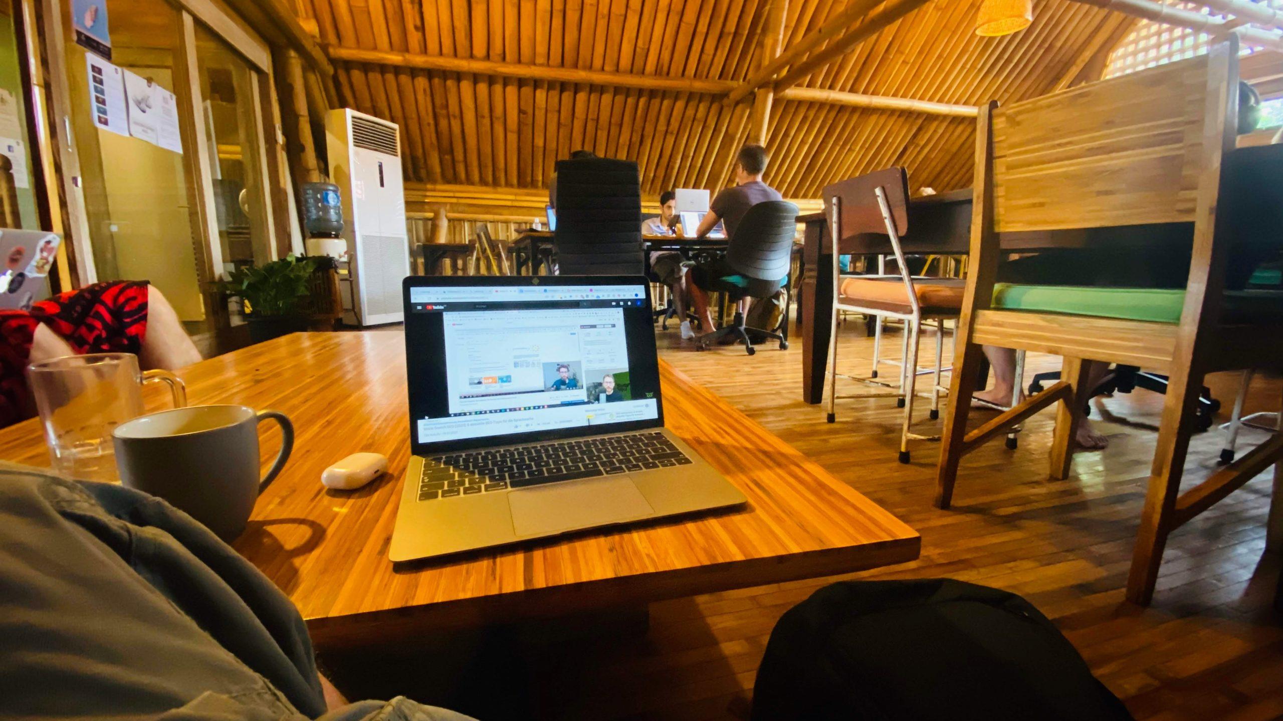 Coworking 👩💻 👨💻 👩💻 👨💻 - Erfahrung, Definition, Vorteile und Entwicklung